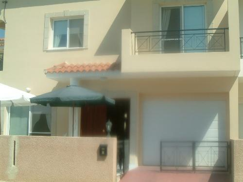 Large 3 Bedroom Villa in Cul-De-Sac Location and Next to Green Area - Universal
