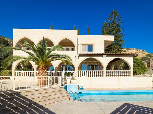 Villa in Limassol with 4 bedroom, Germasogeia