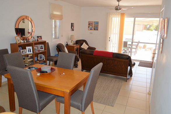 For Sale Superbly Kept 2 Bedroom Townhouse in Small Complex in Anarita Village - Paphos