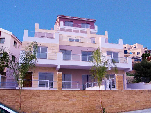 2 Bedroom Apartment for sale in Small Exclusive Luxury Development in Geroskipou