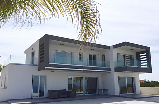 4 Bedroom modern villa with panoramic sea vie...