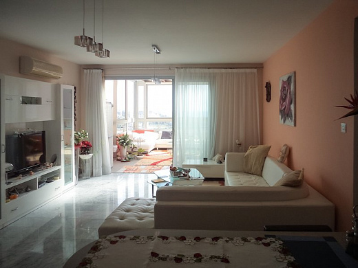 One bedroom apartments in Limassol, Amathusia