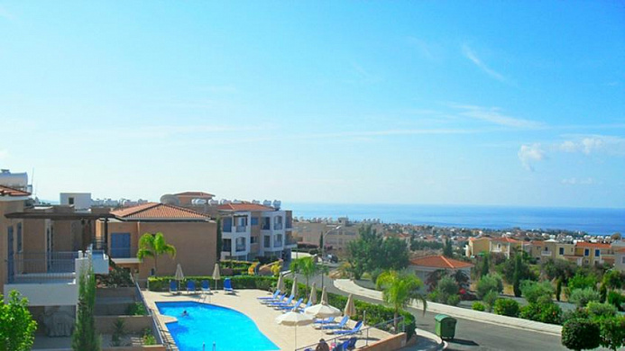3 Bedroom Apartment with stunning Mountain and Sea Views for sale in Peyia village