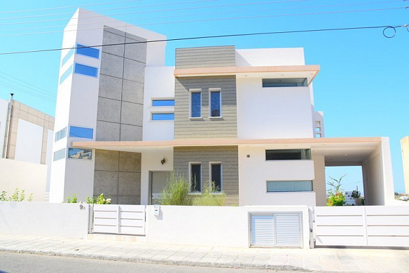 Modern 3 bedroom house in Lefkothea area - Limassol