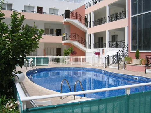 2 Bedroom Apartment for sale in sought after area in Geroskipou